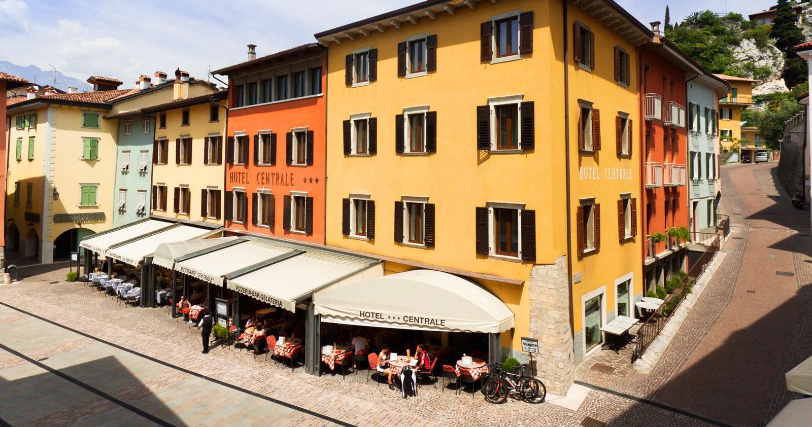 Hotel Hotel Centrale Torbole Sul Garda Ristorante E