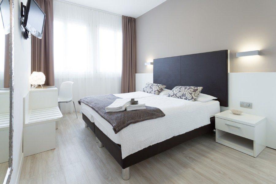 Rooms Torbole Gardalake